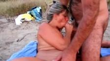 Волосатая бабушка и внучка лезби